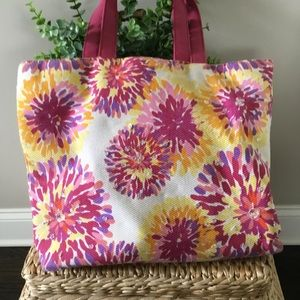 BATH & BODY WORKS FLORAL TOTE BAG